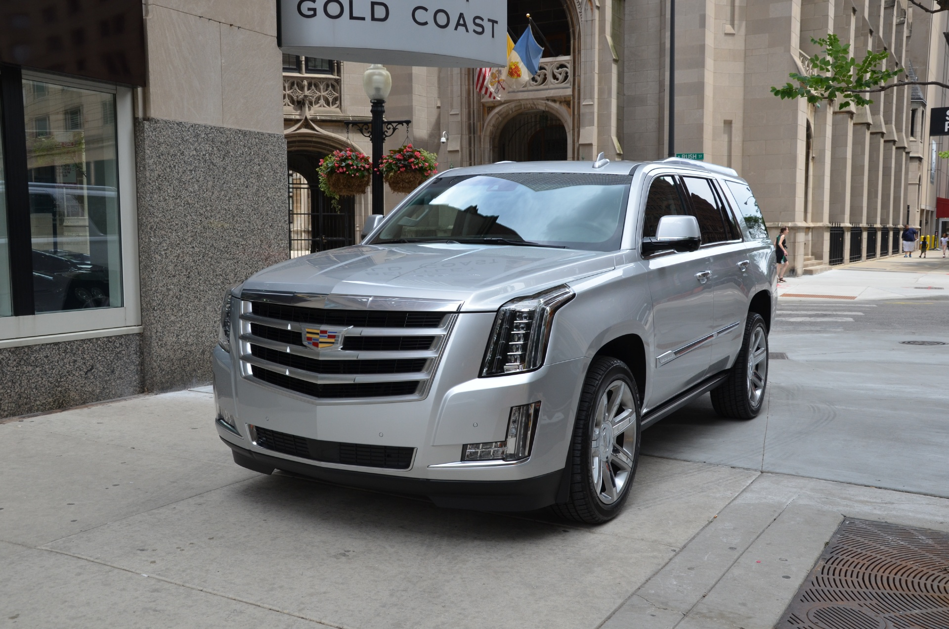2015 cadillac escalade premium used bentley used rolls for Gold coast bentley luxury motors