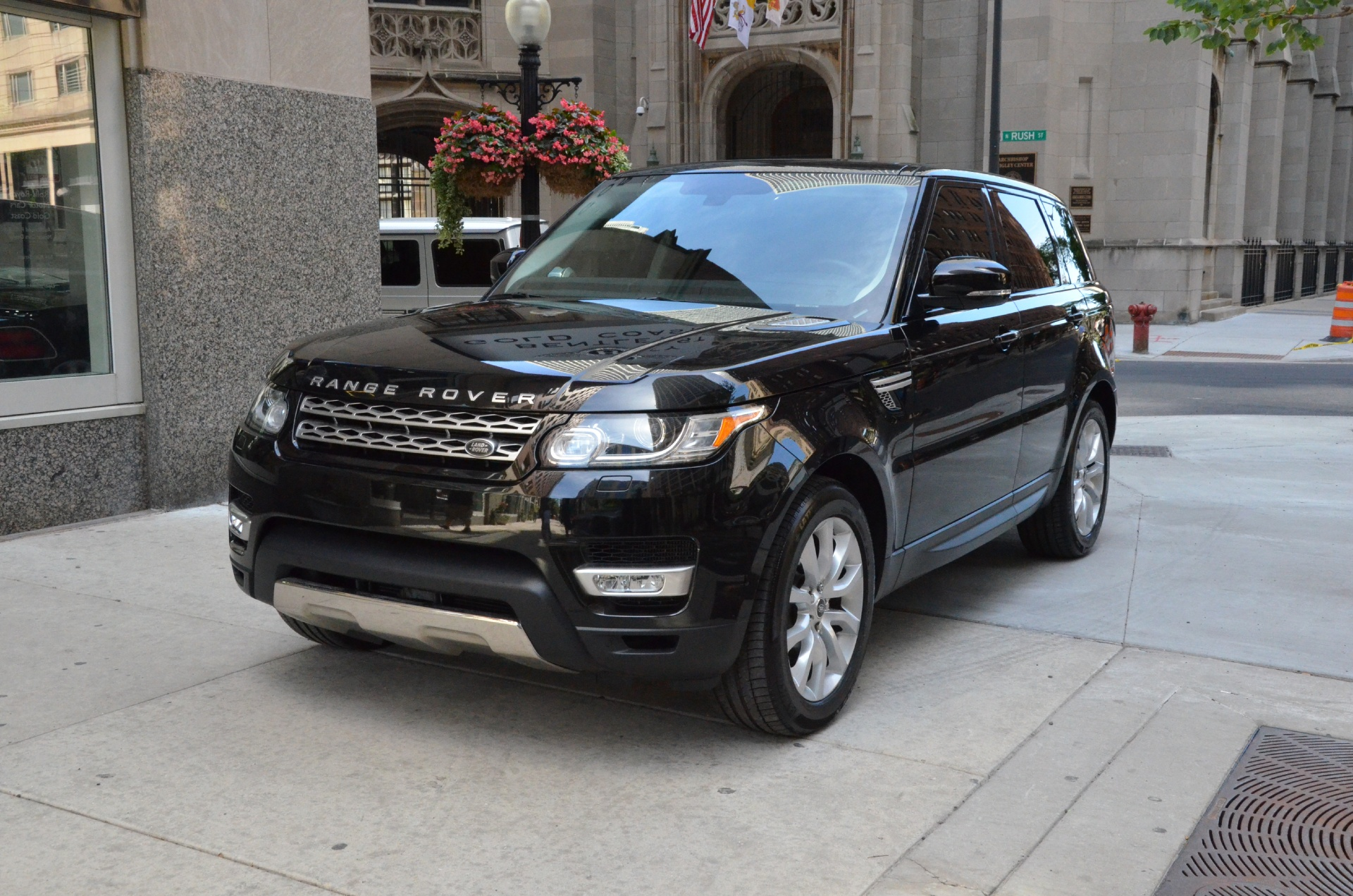 2014 land rover range rover sport se used bentley used rolls royce used lamborghini used. Black Bedroom Furniture Sets. Home Design Ideas
