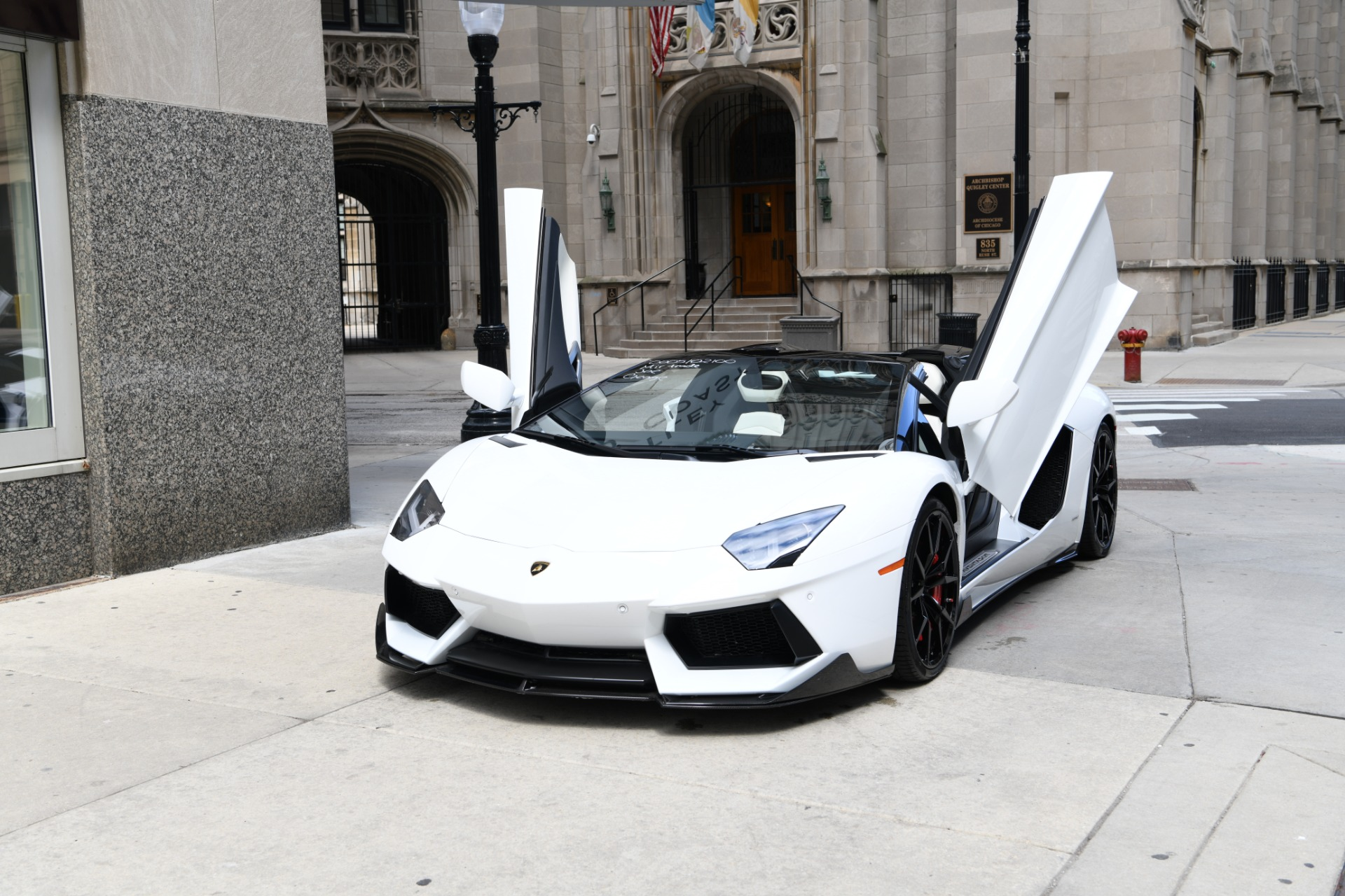 Superior Used 2013 Lamborghini Aventador Roadster LP700 4 Roadster | Chicago, IL