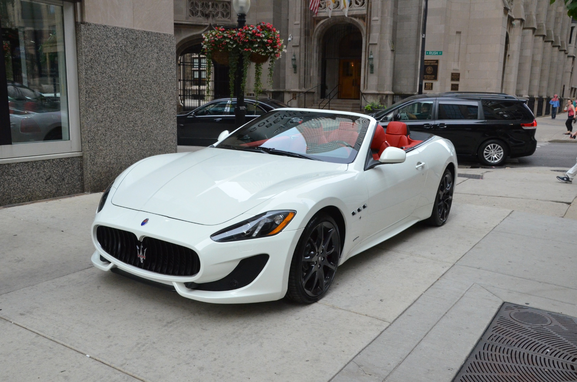 2014 maserati granturismo convertible sport stock m146 s for White maserati red interior