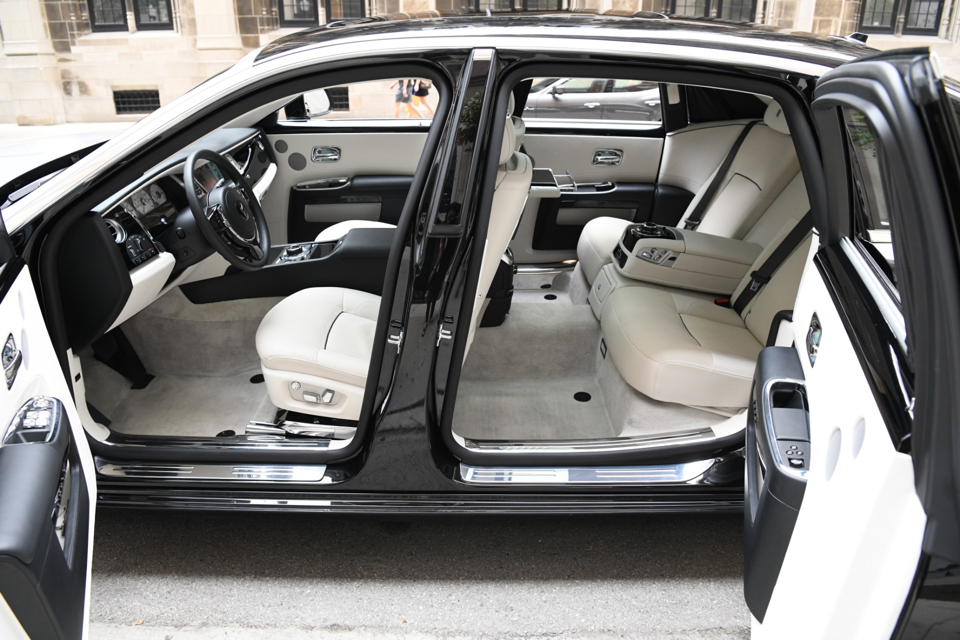 Used 2014 Rolls-Royce Ghost EXTENDED WHEELBASE EWB | Chicago, IL