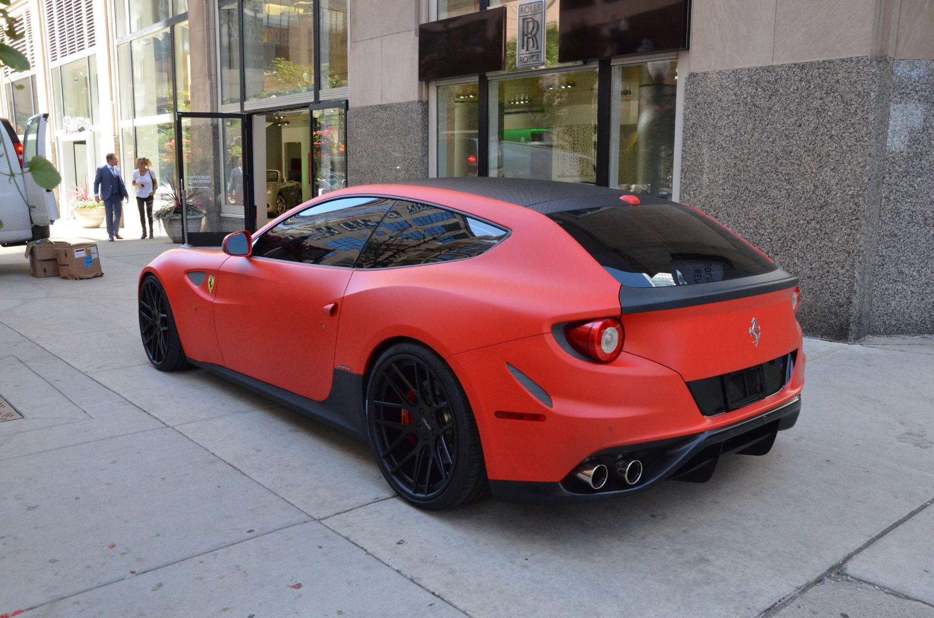 2012 ferrari ff stock bs18891 for sale near chicago il il ferrari dealer. Black Bedroom Furniture Sets. Home Design Ideas