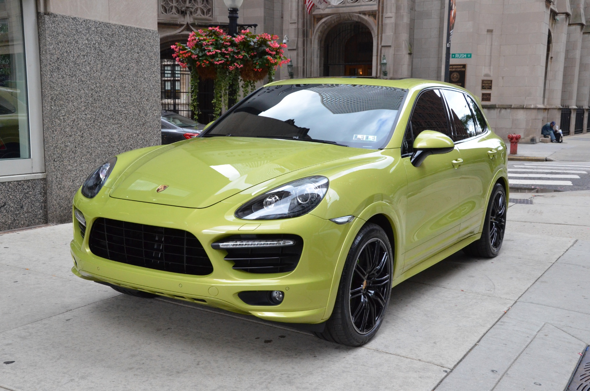 2014 porsche cayenne gts stock m129aa for sale near chicago il il porsche dealer. Black Bedroom Furniture Sets. Home Design Ideas