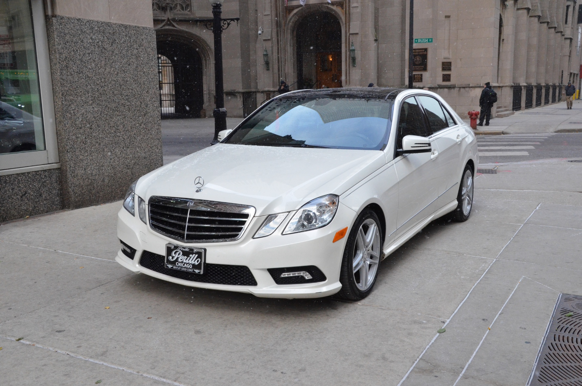 2011 mercedes benz e class e350 luxury 4matic stock for Mercedes benz dealerships in chicago area