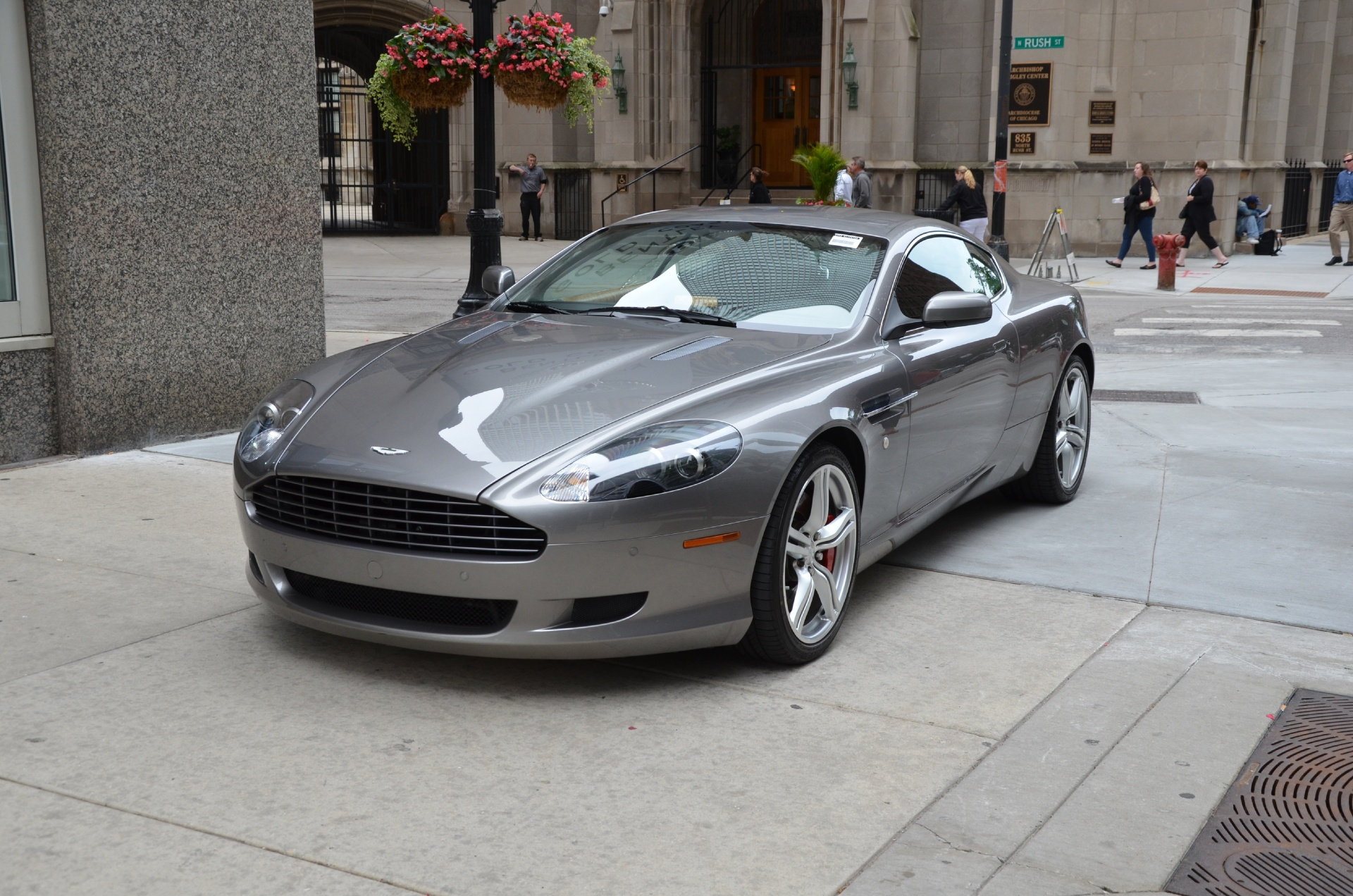 2009 aston martin db9 stock gc1261aa for sale near chicago il il aston martin dealer. Black Bedroom Furniture Sets. Home Design Ideas