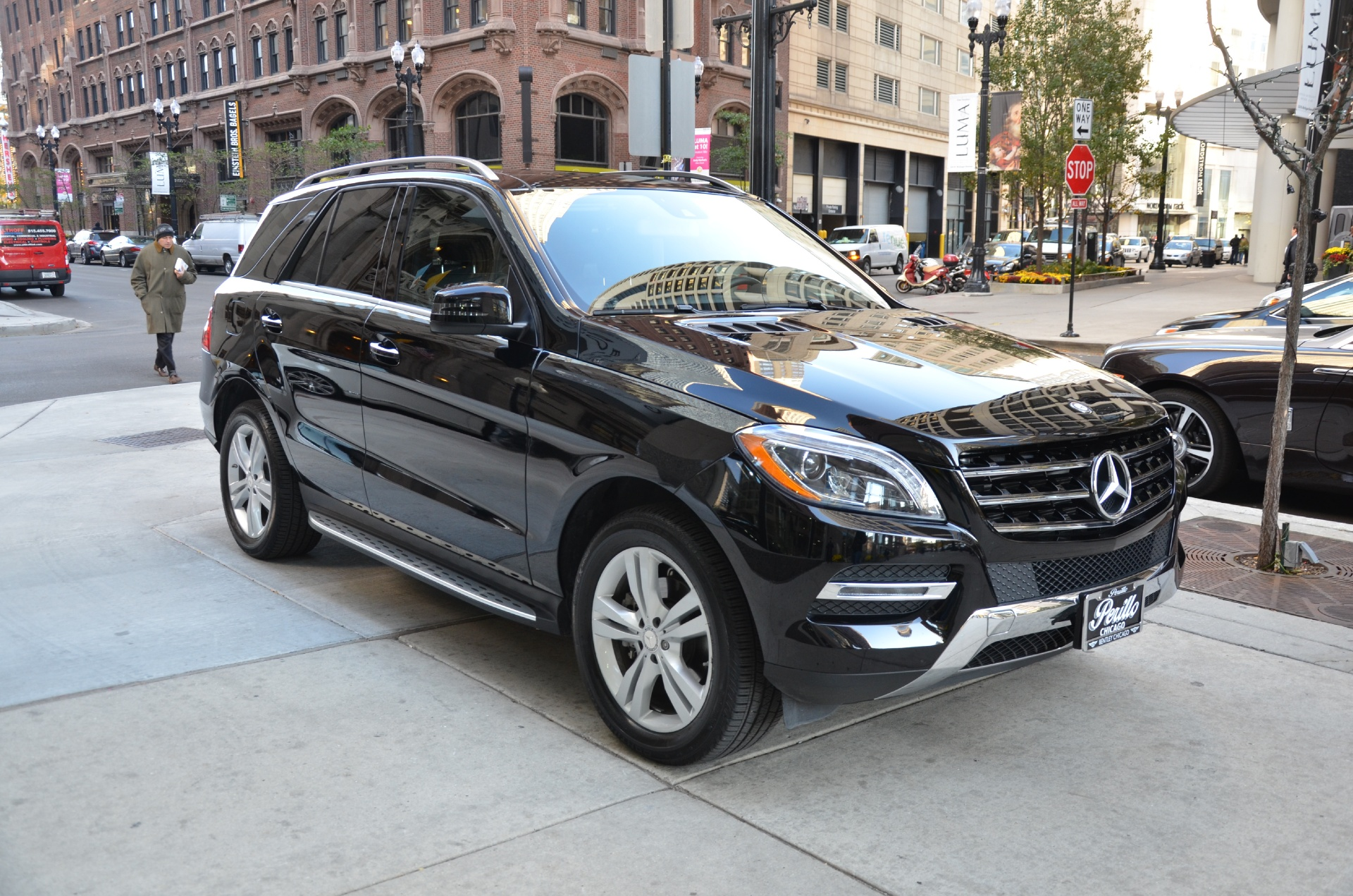 2015 mercedes benz m class ml350 4matic stock gc1814a for Chicagoland mercedes benz dealers
