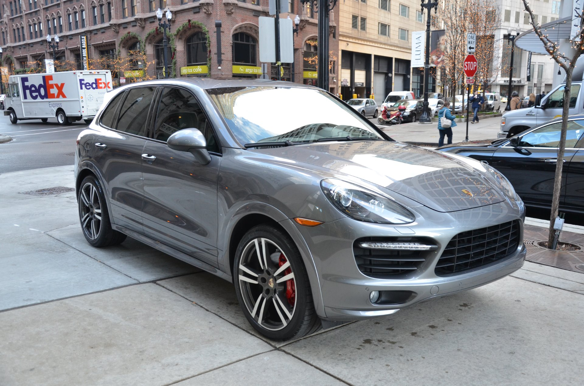 2013 porsche cayenne gts stock 70266 for sale near chicago il il porsche dealer. Black Bedroom Furniture Sets. Home Design Ideas