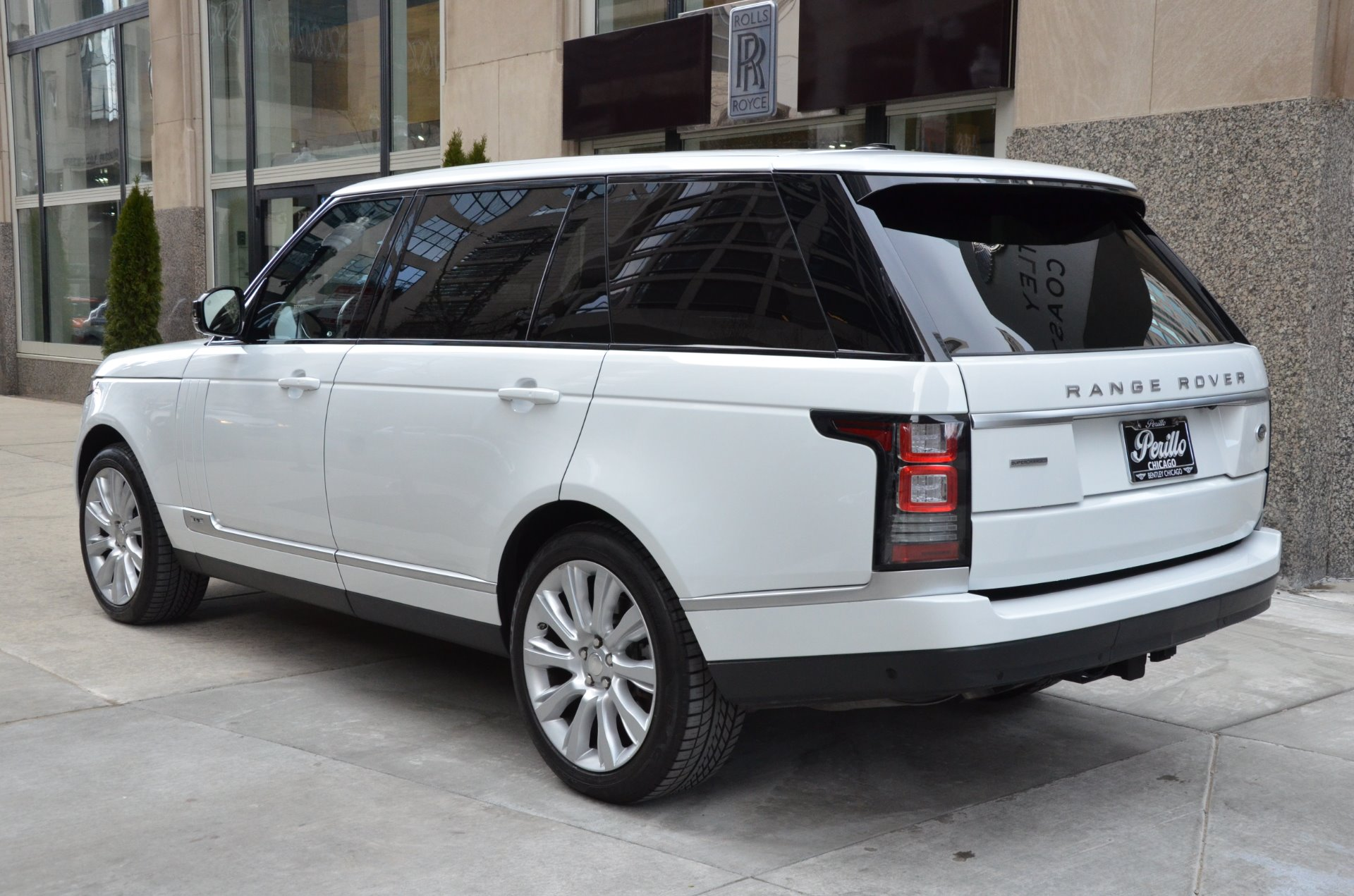 2014 land rover range rover supercharged lwb stock l268a for sale near chicago il il land. Black Bedroom Furniture Sets. Home Design Ideas