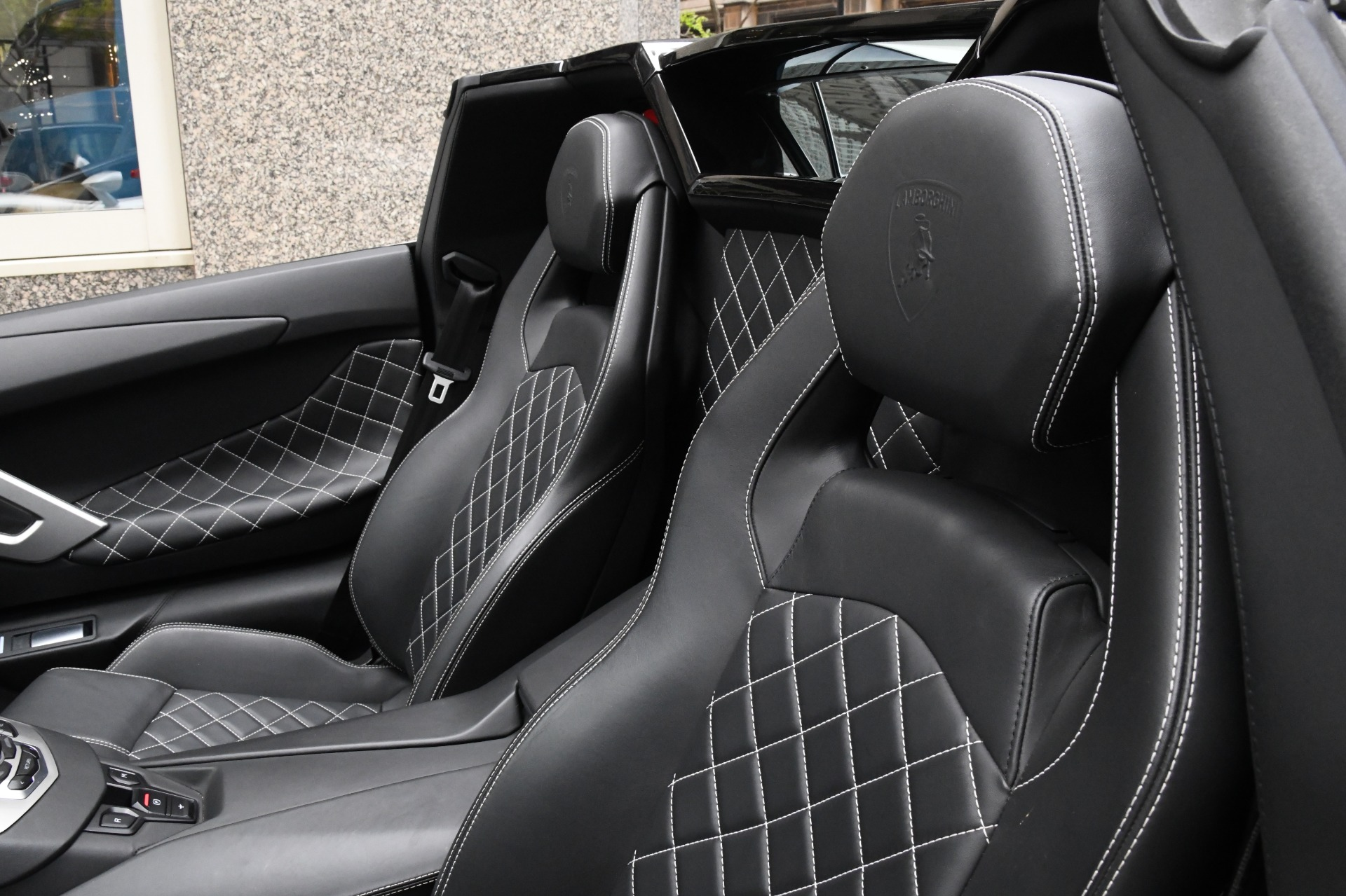Used 2015 Lamborghini Aventador Roadster LP 700-4 Roadster | Chicago, IL