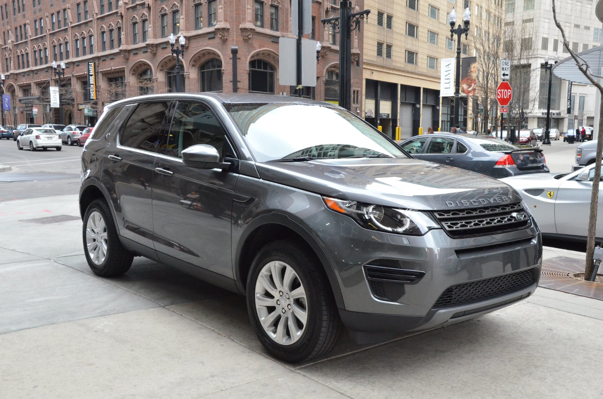 exterior discovery images carwale cars image land photo m landrover rover sport for sale