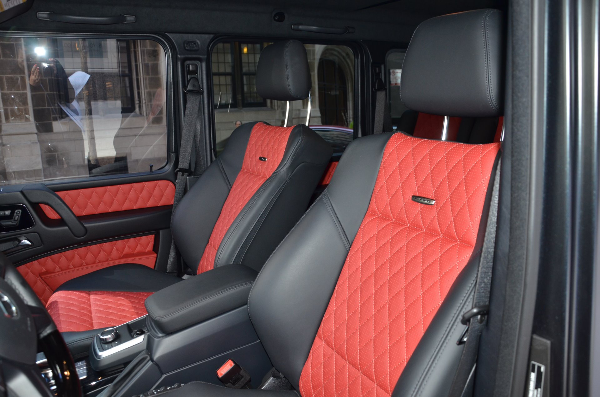 100 Mercedes G Wagon Red Interior Mercedes Benz Reveals Interior Of Redesigned 2019 G