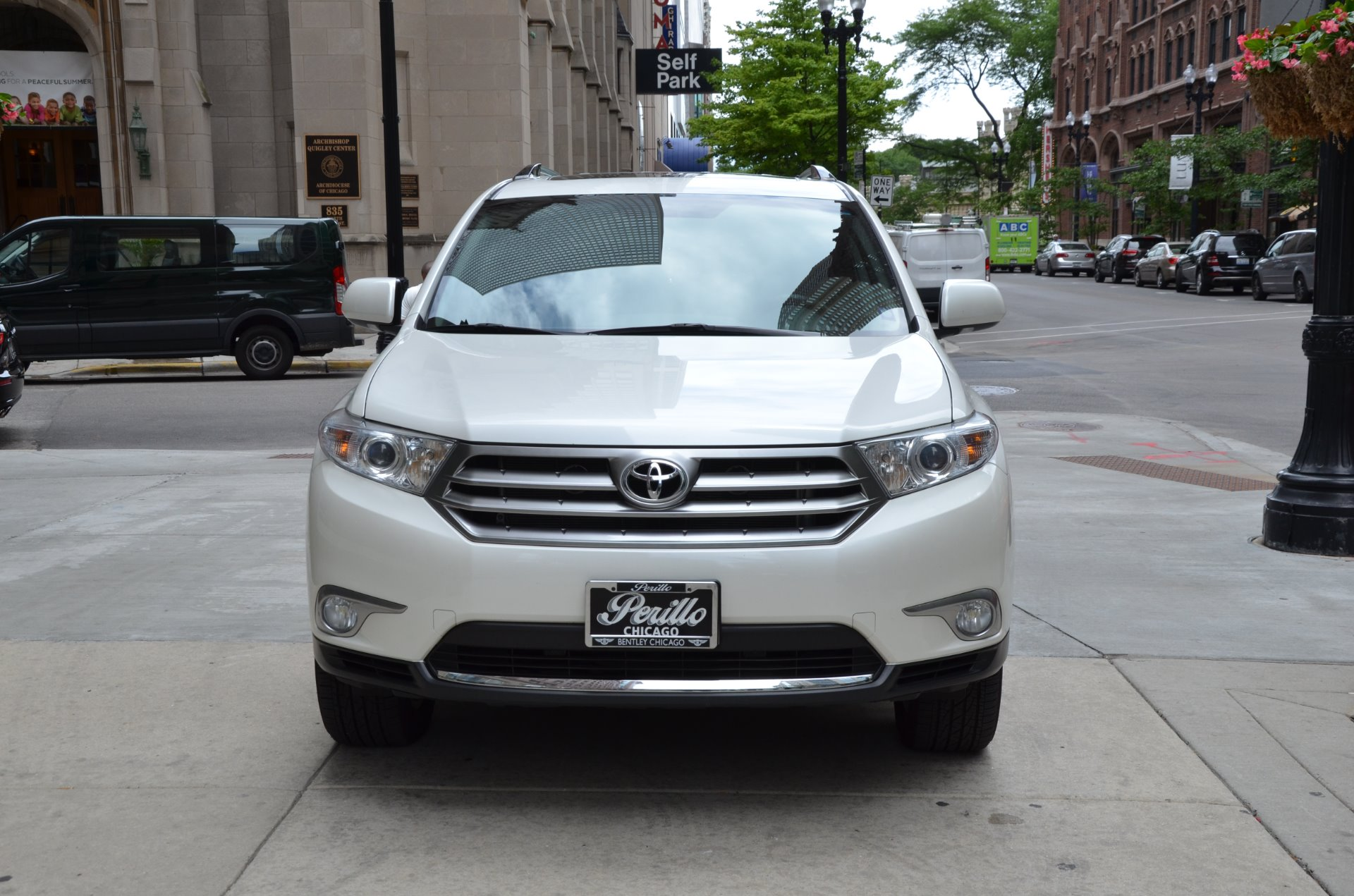 2013 toyota highlander limited stock gc mir222 for sale near chicago il il toyota dealer. Black Bedroom Furniture Sets. Home Design Ideas