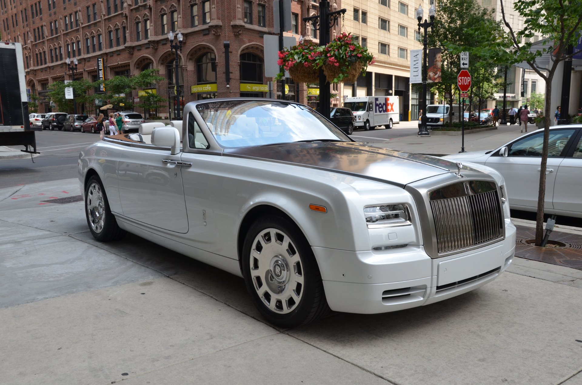 2017 rolls royce phantom drophead coupe stock r318 for sale near chicago il il rolls royce. Black Bedroom Furniture Sets. Home Design Ideas
