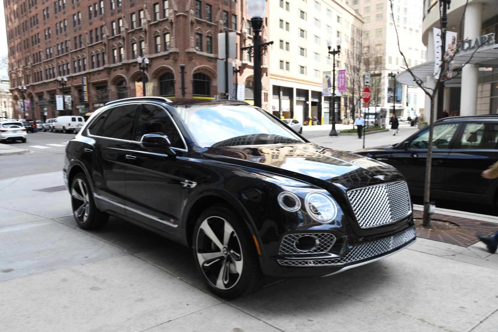 Used 2017 bentley bentayga chicago il