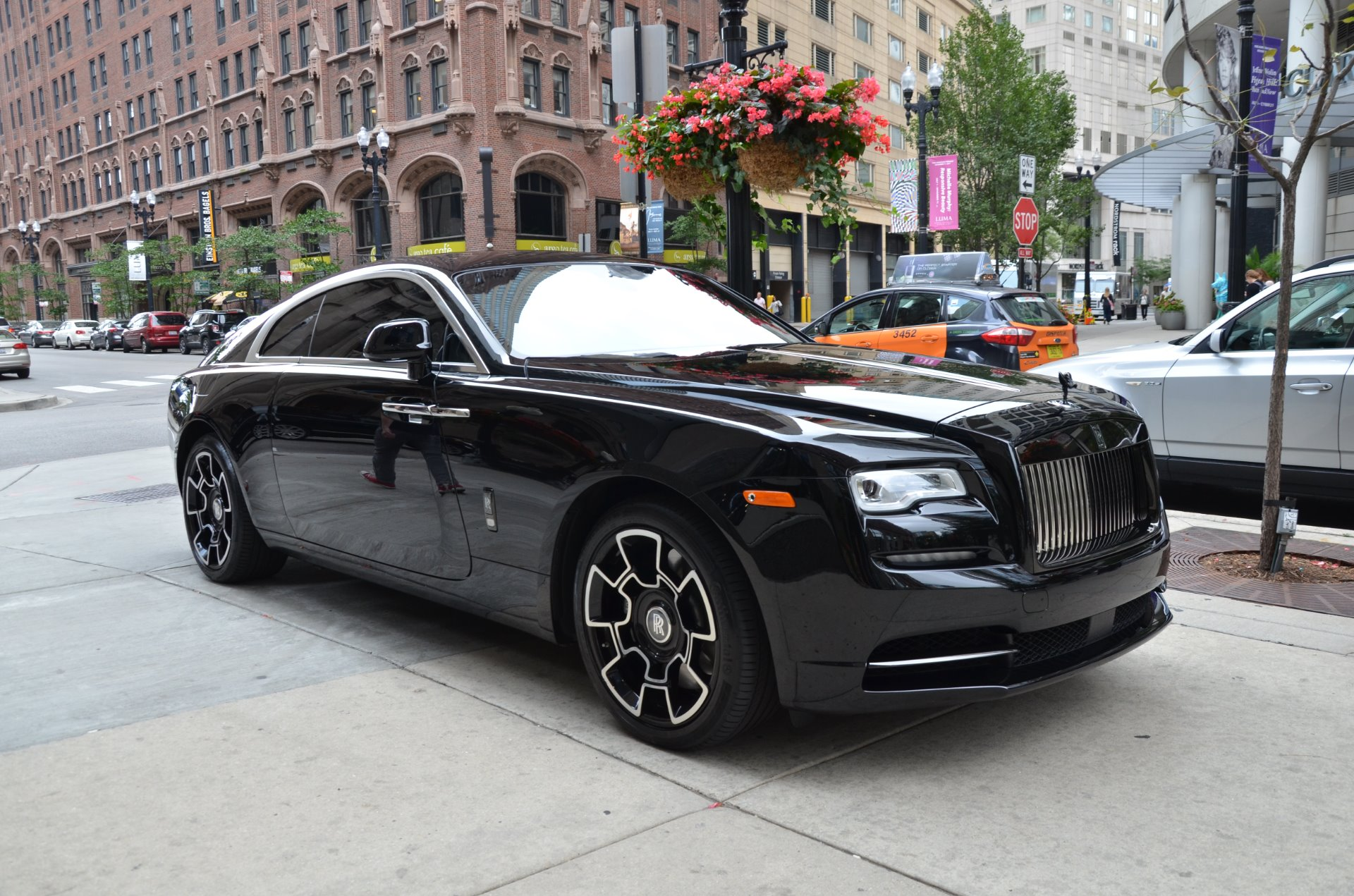 2017 rolls royce wraith black badge stock r399aa for sale near chicago il il rolls royce dealer. Black Bedroom Furniture Sets. Home Design Ideas