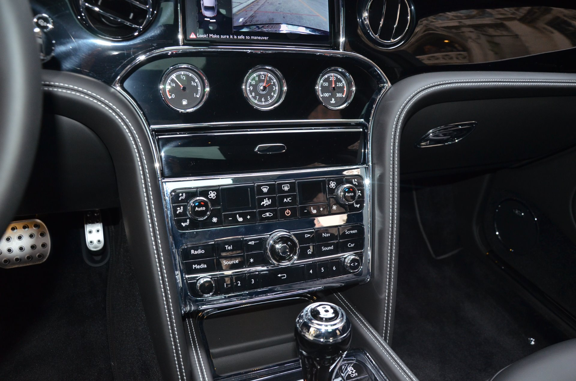 2017 Bentley Mulsanne Stock # BD220-S for sale near Chicago, IL | IL on bmw 5 series owners manual, audi a6 owners manual, bmw 3 series owners manual, aston martin vantage owners manual, chrysler 300 owners manual,