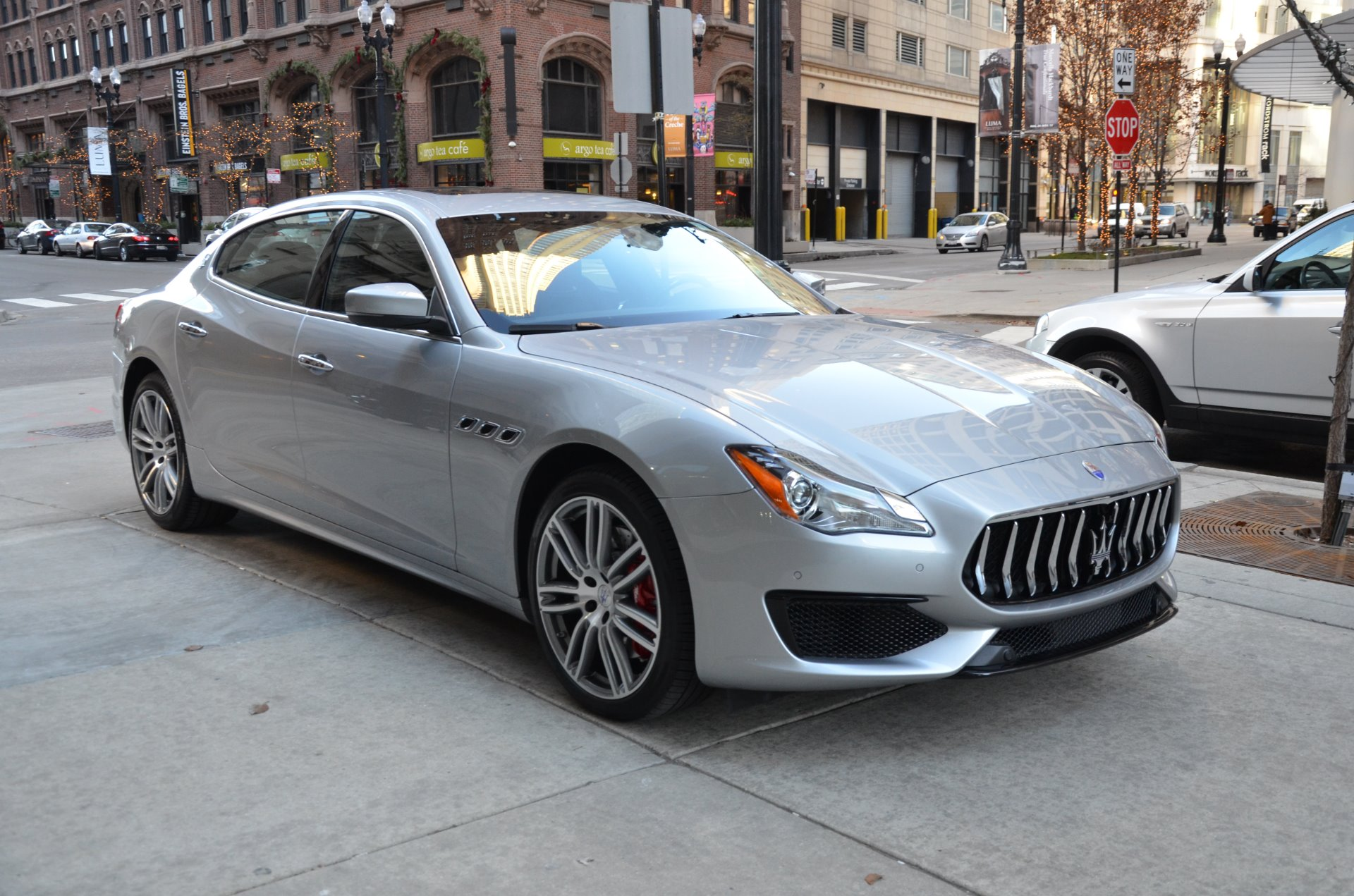 2017 maserati quattroporte sq4 s q4 gransport stock m556 for sale near chicago il il. Black Bedroom Furniture Sets. Home Design Ideas