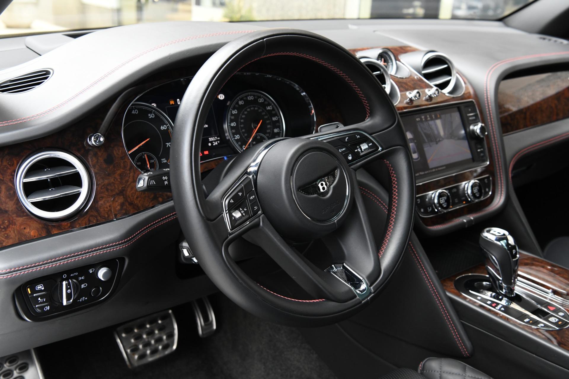 Used 2017 Bentley Bentayga  | Chicago, IL