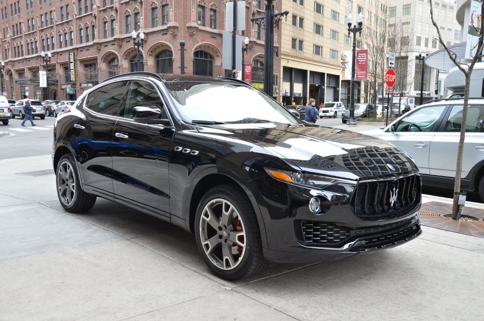 100 maserati suv 2017 price maserati levante jumps on the luxury suv bandwagon autoguide. Black Bedroom Furniture Sets. Home Design Ideas