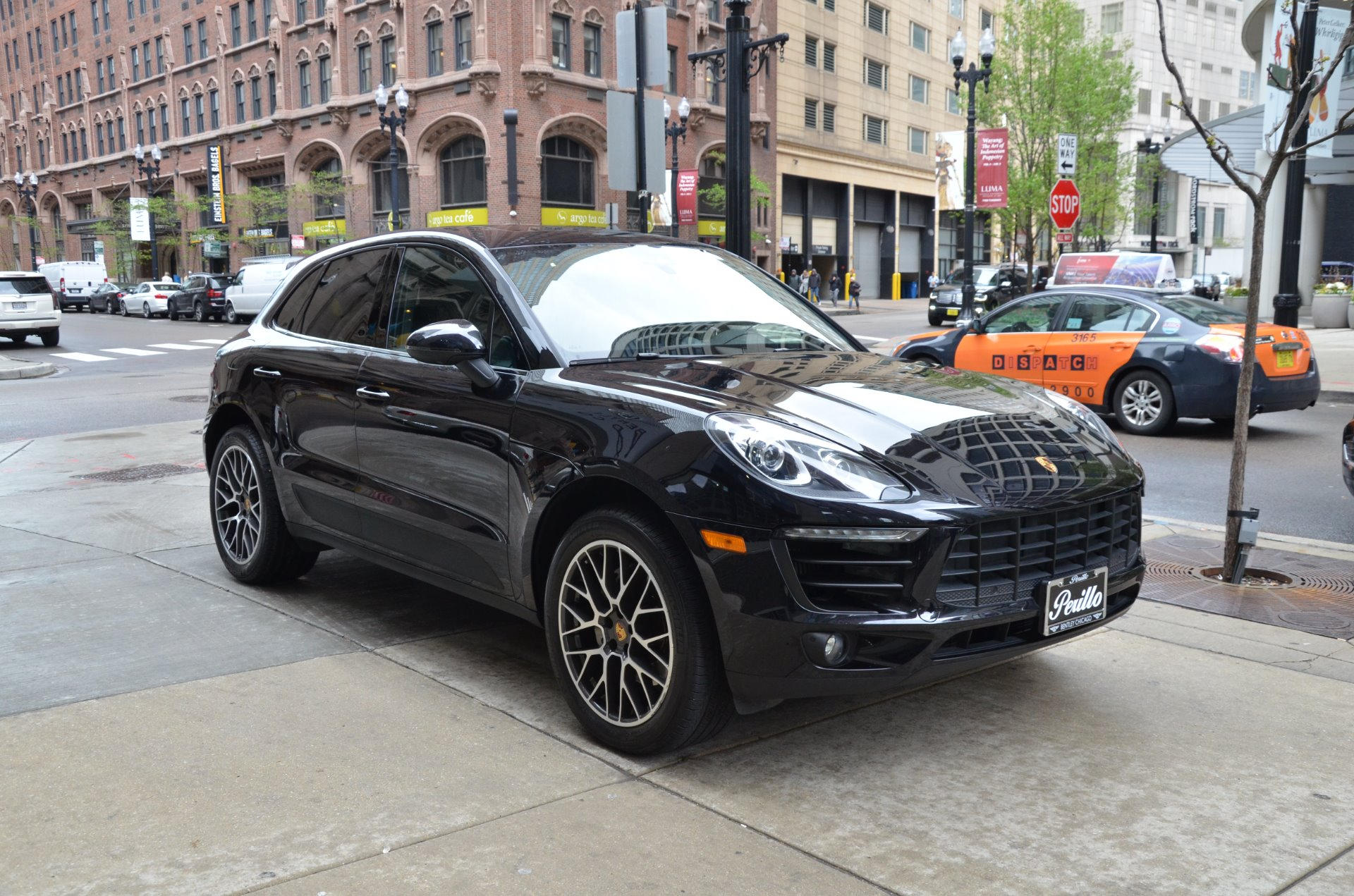2017 porsche macan s stock m605a for sale near chicago. Black Bedroom Furniture Sets. Home Design Ideas