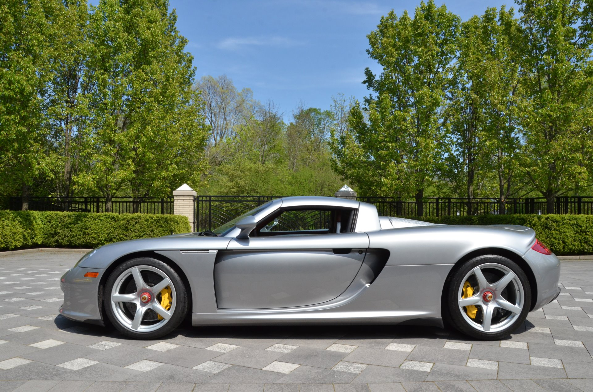 2004 porsche carrera gt stock gc mir134 for sale near chicago il il porsche dealer. Black Bedroom Furniture Sets. Home Design Ideas