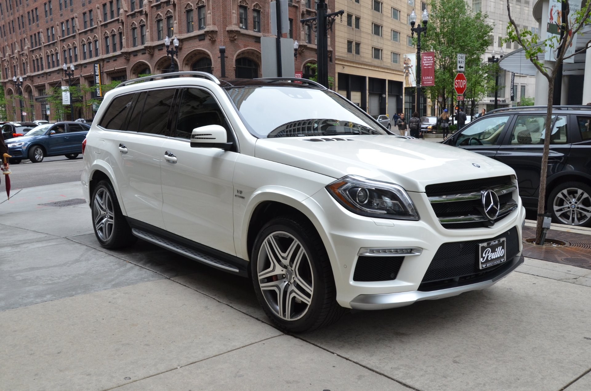 2014 mercedes benz gl class gl 63 amg stock b905a for sale near chicago il il mercedes benz. Black Bedroom Furniture Sets. Home Design Ideas