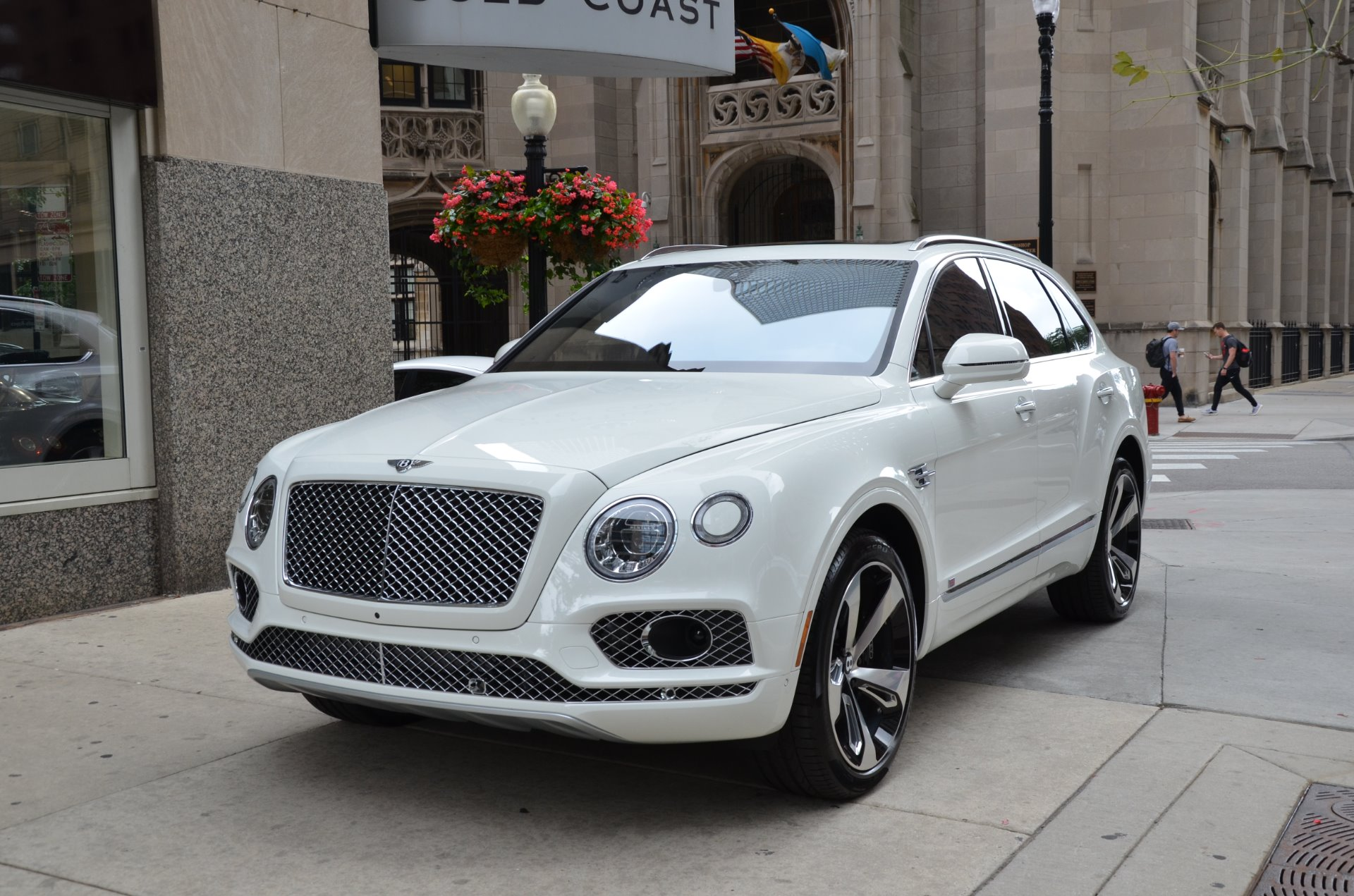 2017 bentley bentayga first edition stock l438a for sale near chicago il il bentley dealer. Black Bedroom Furniture Sets. Home Design Ideas