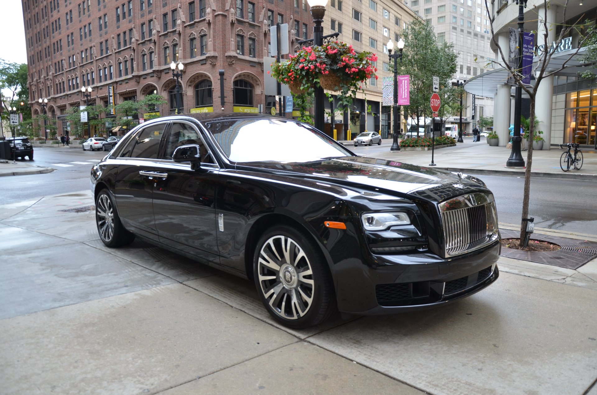 2018 rolls royce ghost stock r439 for sale near chicago. Black Bedroom Furniture Sets. Home Design Ideas