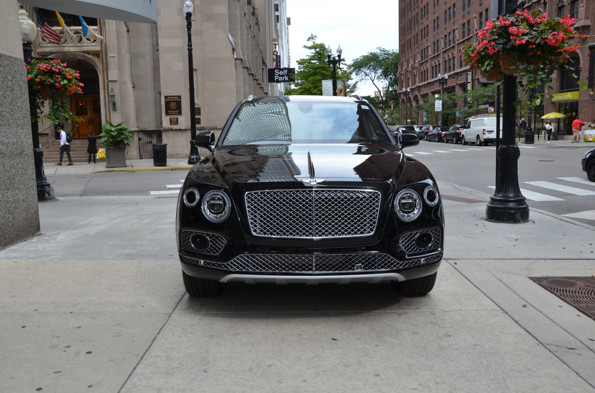 Used 2018 Bentley Bentayga  | Chicago, IL