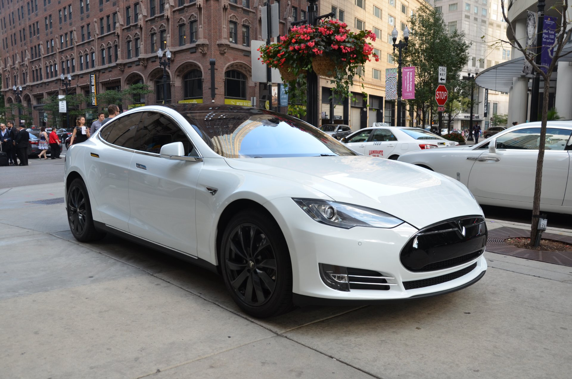 Tesla Model S Stock BB For Sale Near Chicago IL IL - 2014 tesla model s