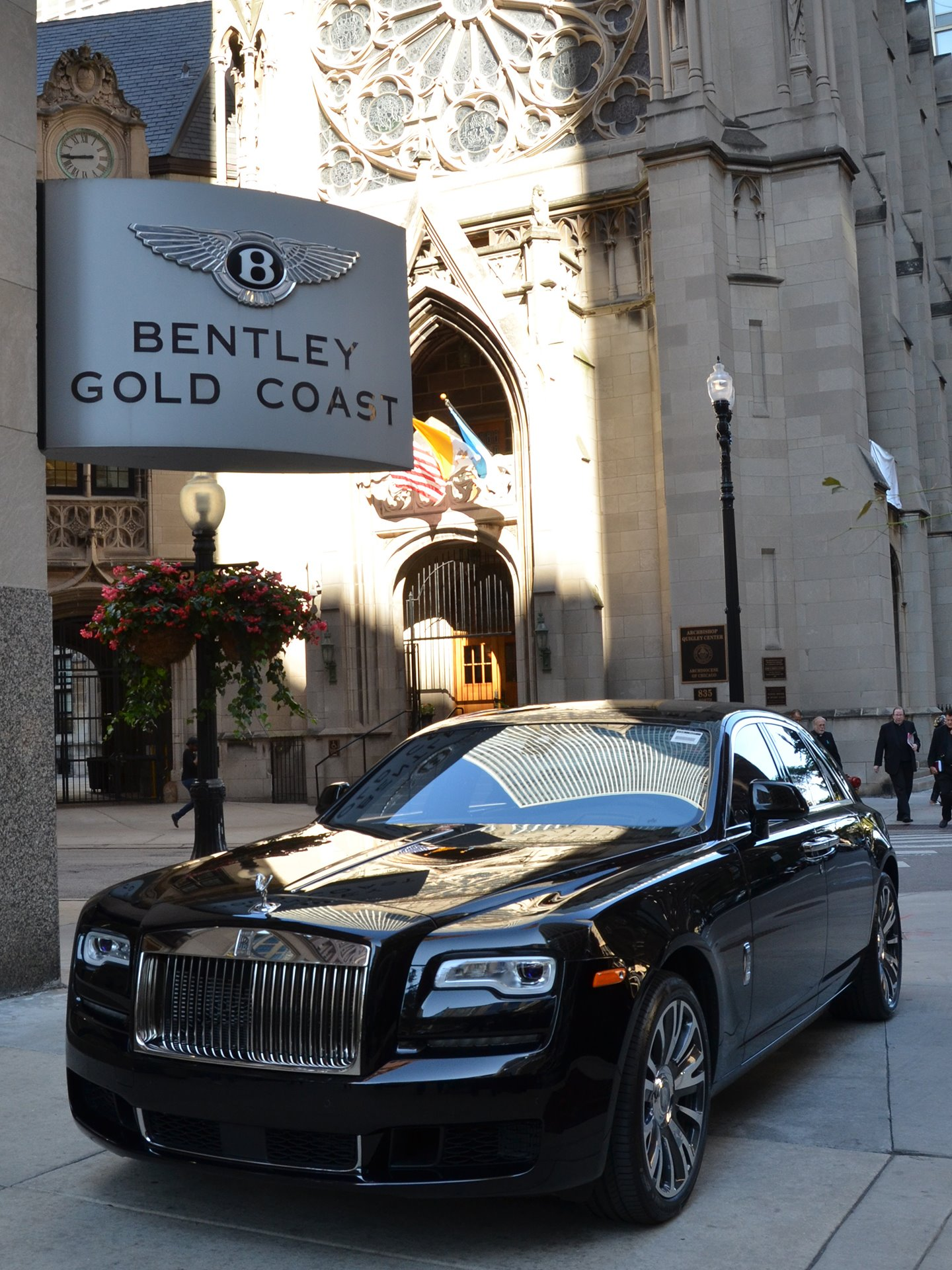 Bentley gold coast 834 north rush street chicago il for Gold coast bentley luxury motors