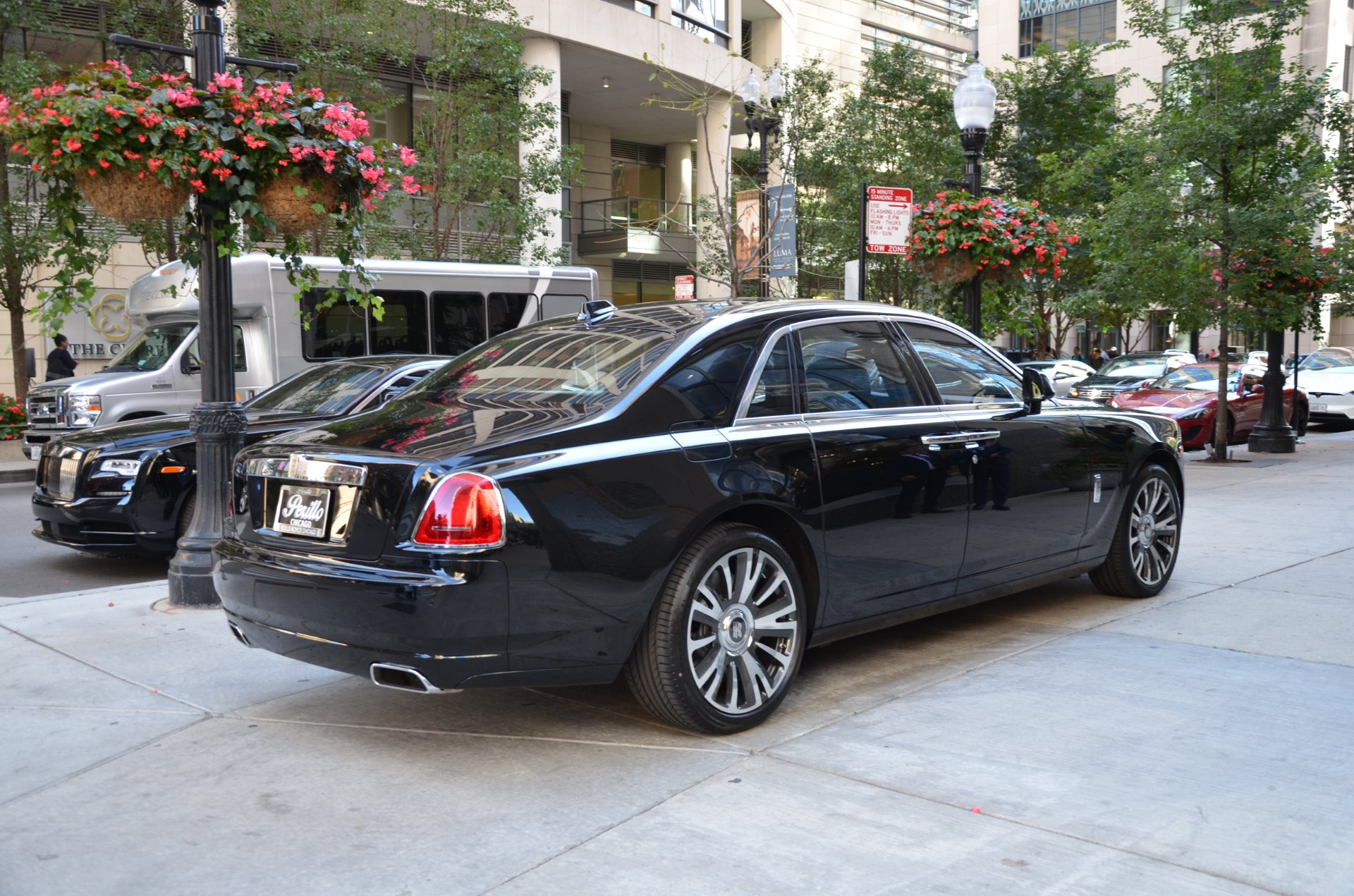 2018 rolls royce ghost stock r437 for sale near chicago. Black Bedroom Furniture Sets. Home Design Ideas