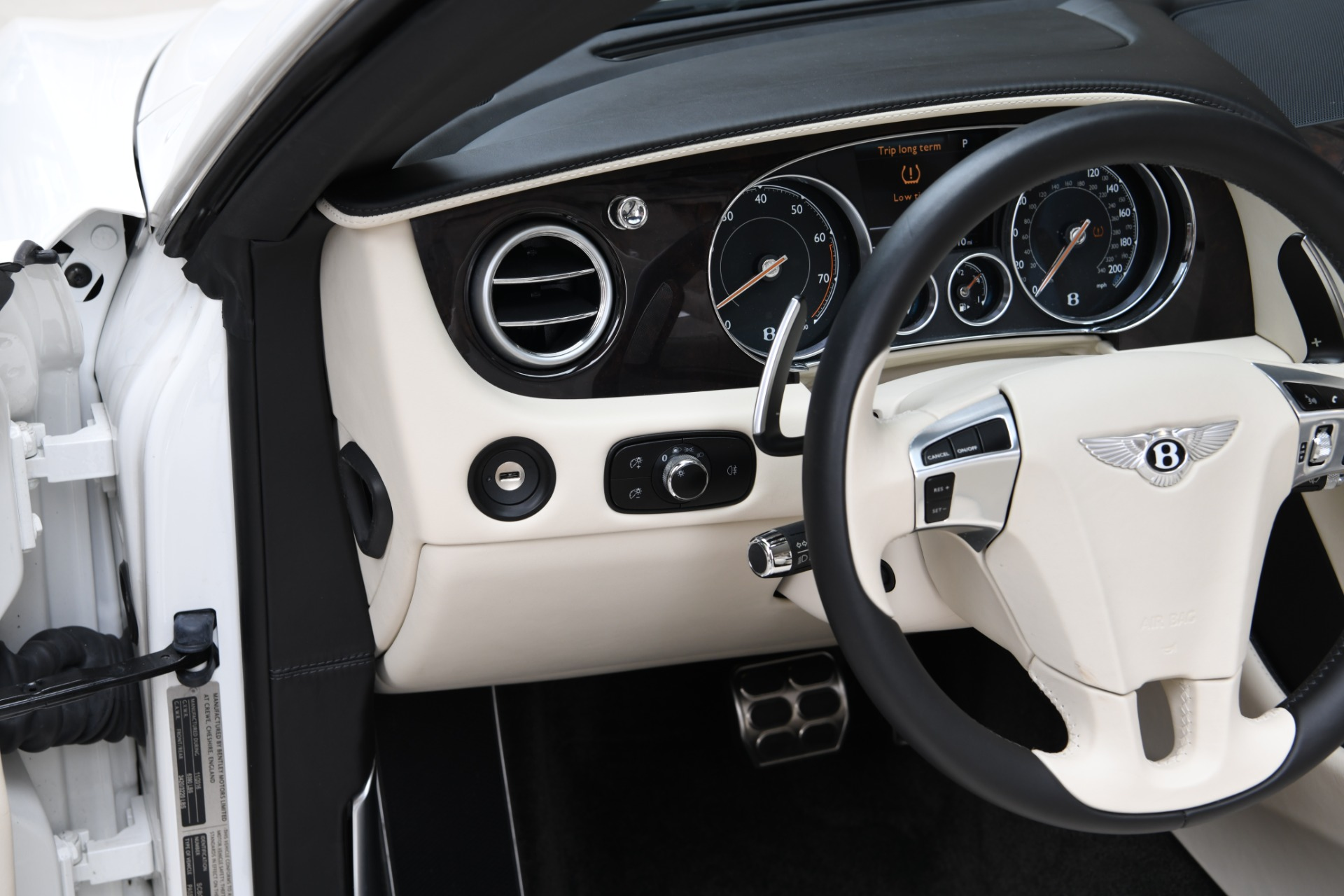 New 2017 Bentley Continental GTC V8  | Chicago, IL
