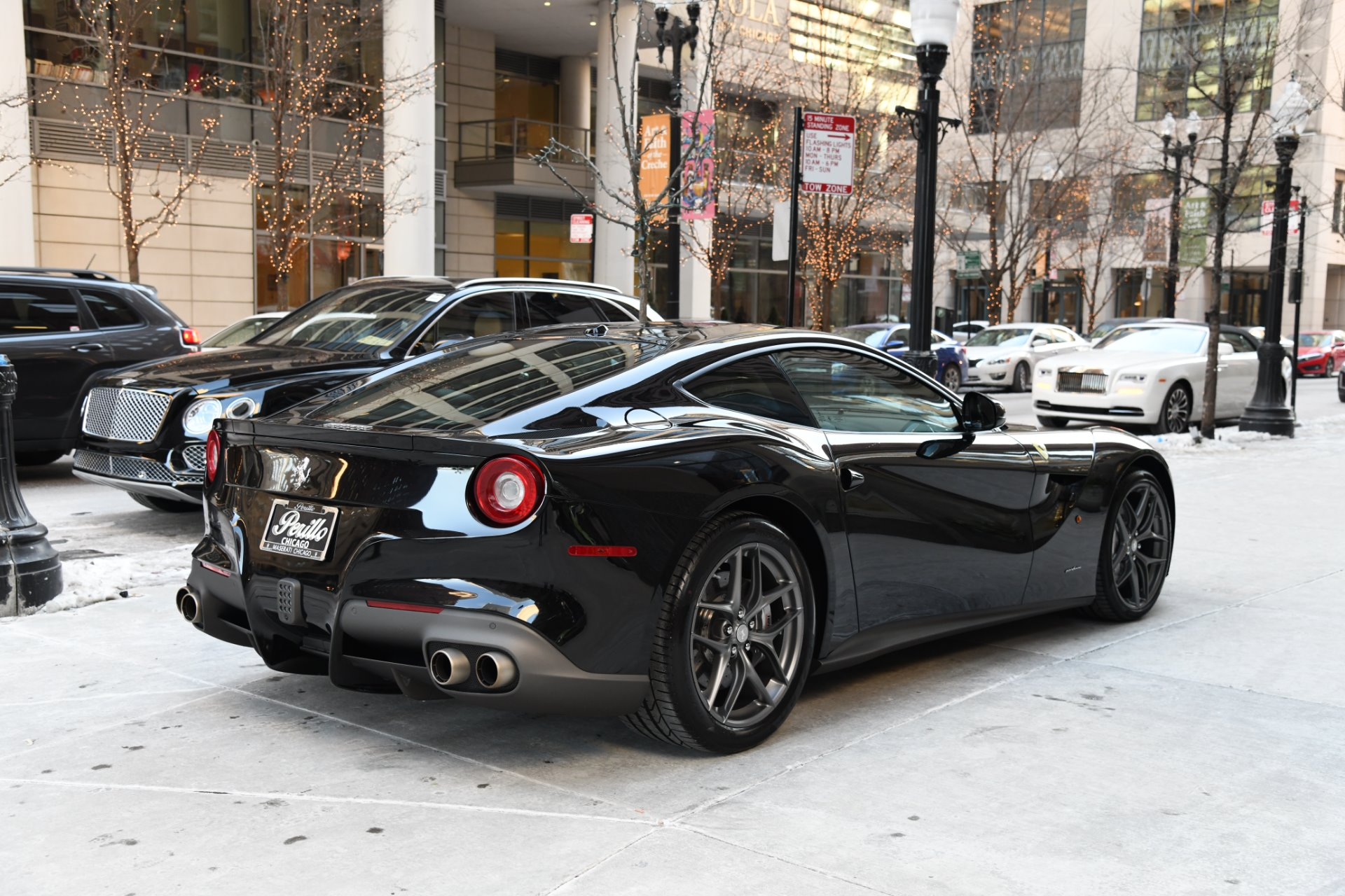 2017 ferrari f12 berlinetta stock gc2212aa for sale near chicago il il ferrari dealer. Black Bedroom Furniture Sets. Home Design Ideas
