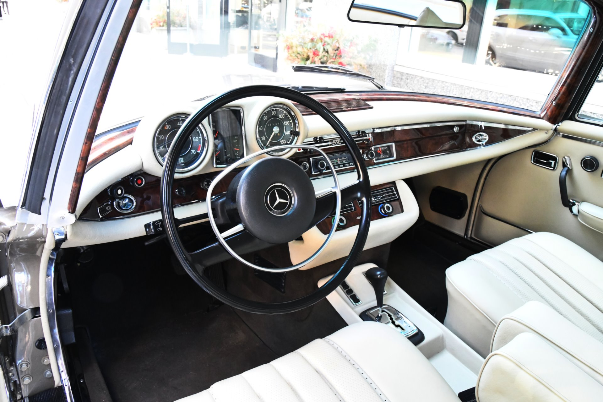 Used 1971 Mercedes-Benz 280 SE  3.5  | Chicago, IL