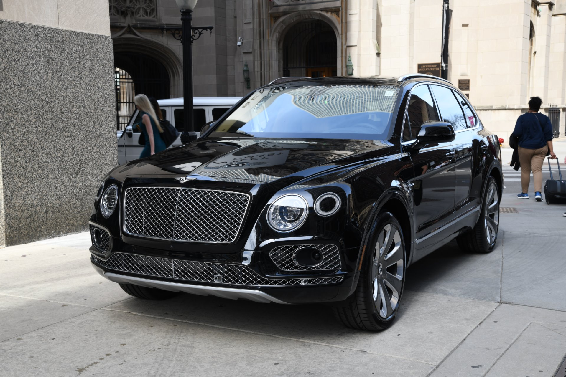2018 Bentley Bentayga: Mulliner Version, Changes, PRice >> 2018 Bentley Bentayga Mulliner Edition Stock B1060 S For