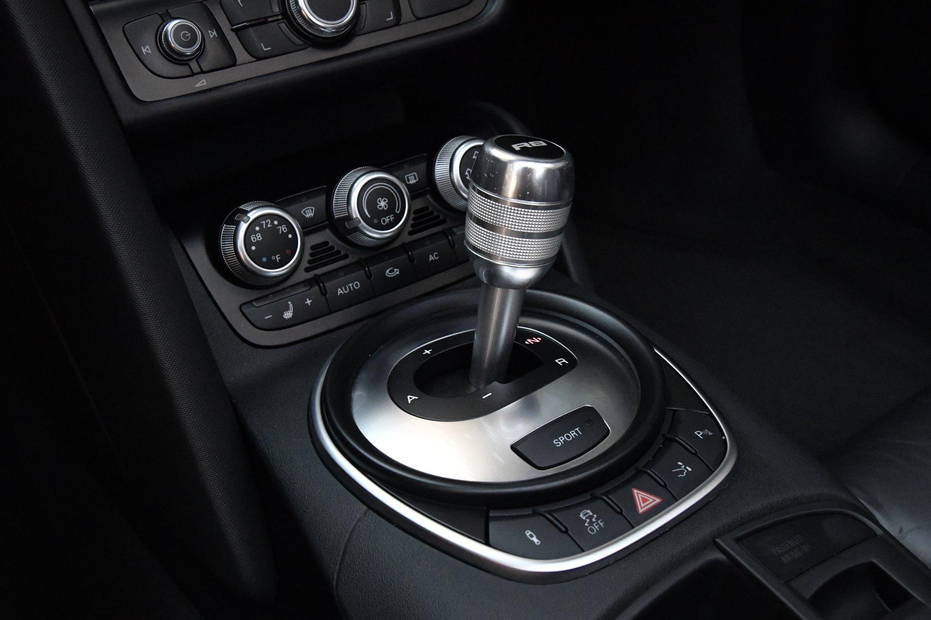 Used 2011 Audi R8 4.2 quattro Spyder | Chicago, IL