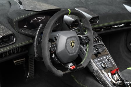 Used 2019 Lamborghini Huracan Performante Spyder LP 640-4 Performante Spyder | Chicago, IL