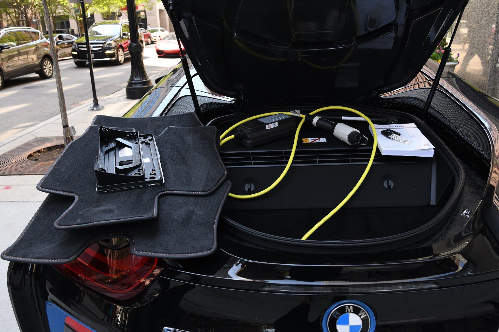 Used 2019 BMW i8  | Chicago, IL