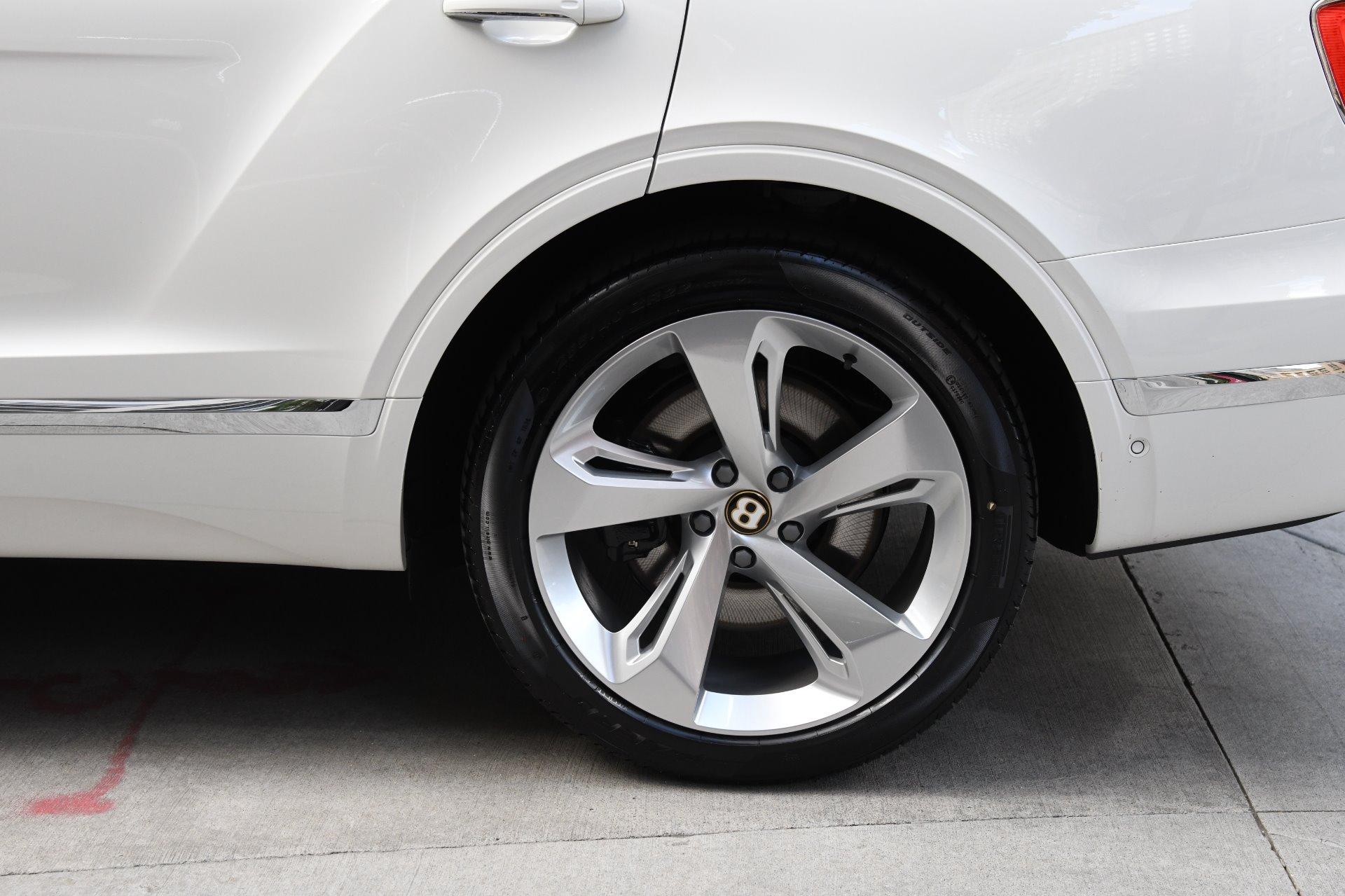 New 2019 Bentley Bentayga V8 | Chicago, IL