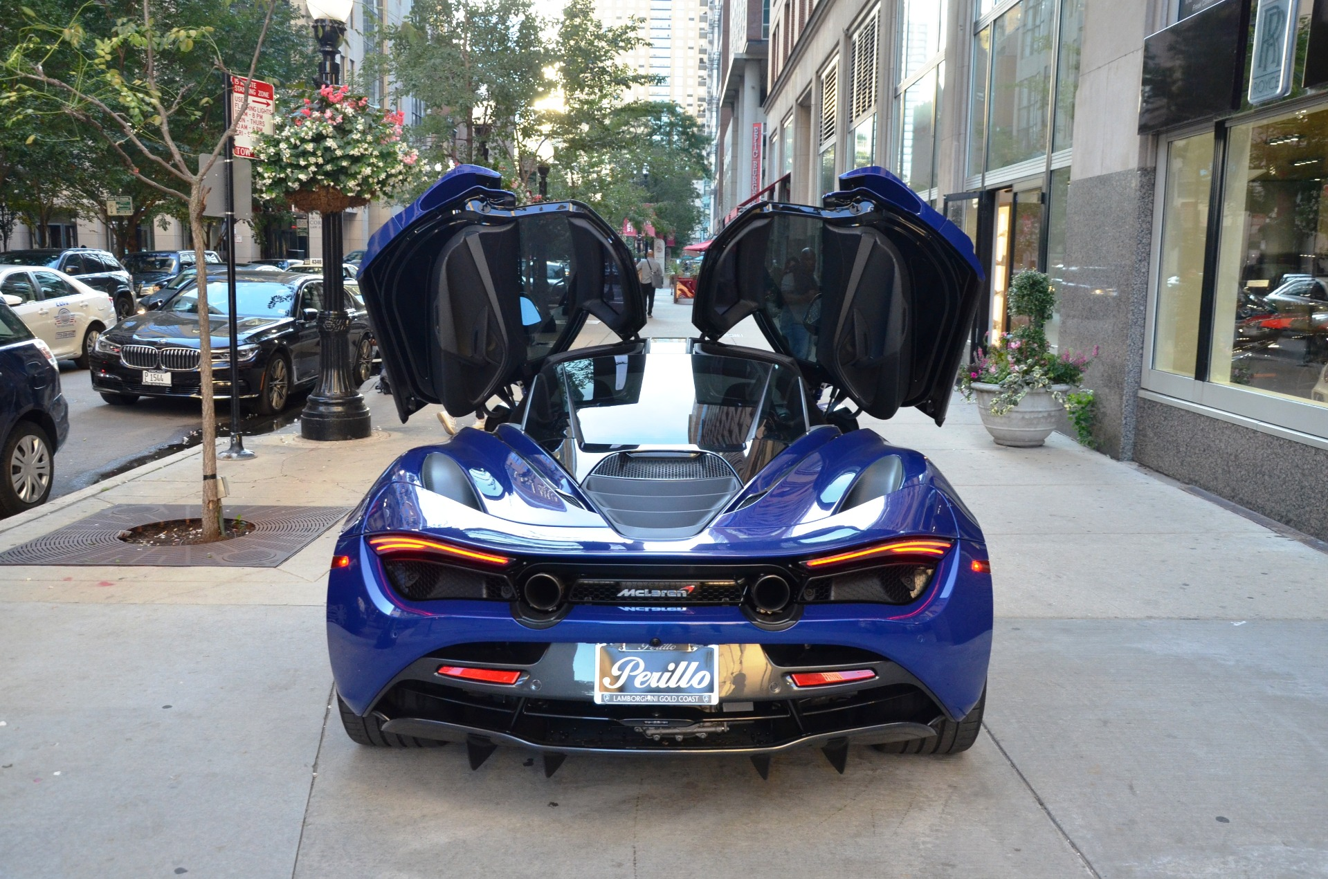 Used 2018 McLaren 720S Performance | Chicago, IL