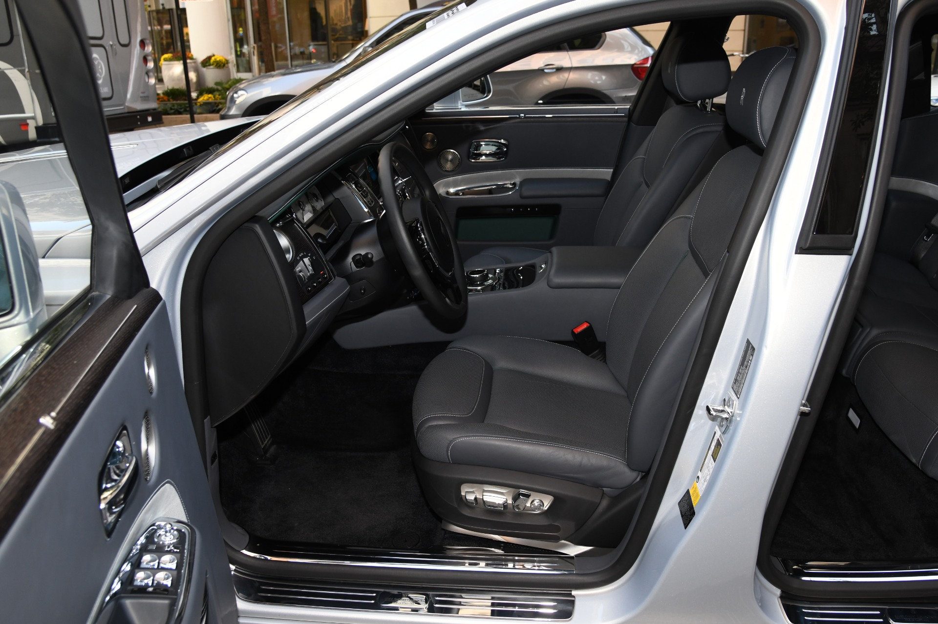 Used 2019 Rolls-Royce Ghost  | Chicago, IL