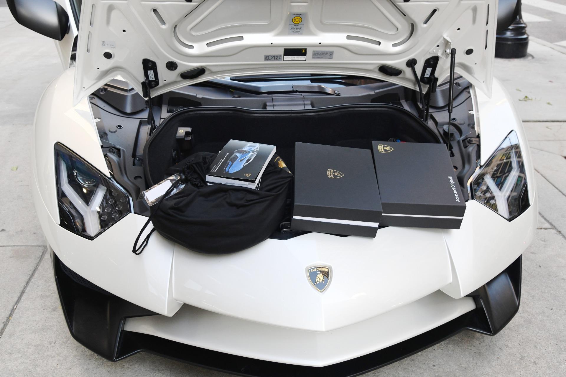 Used 2016 Lamborghini Aventador SV Roadster LP 750-4 SV | Chicago, IL