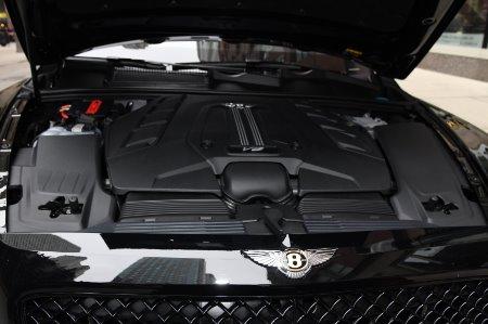 New 2020 Bentley Bentayga V8 Design Series | Chicago, IL