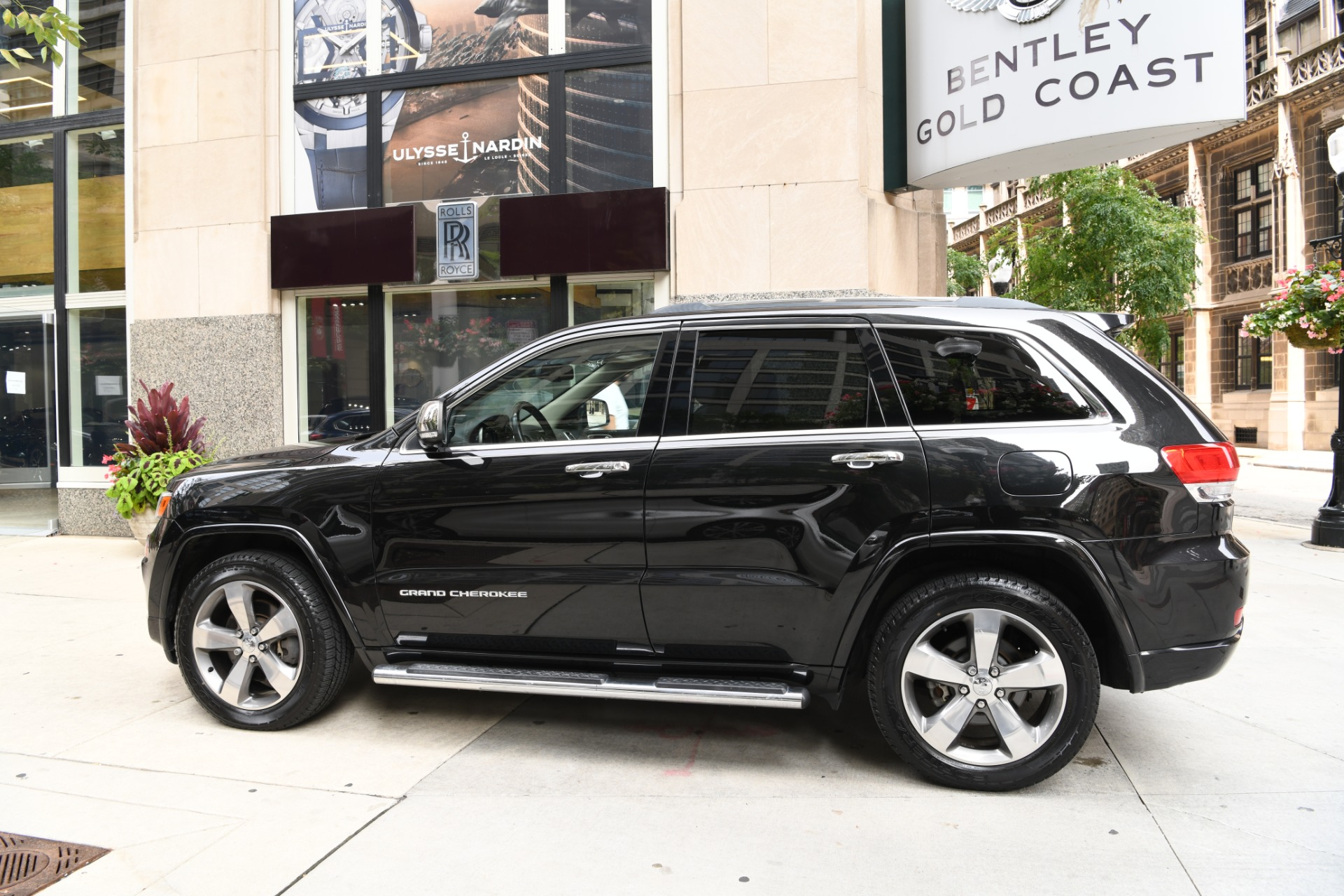 Used 2014 Jeep Grand Cherokee Overland | Chicago, IL