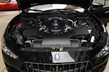 New 2020 Maserati Ghibli SQ4 | Chicago, IL