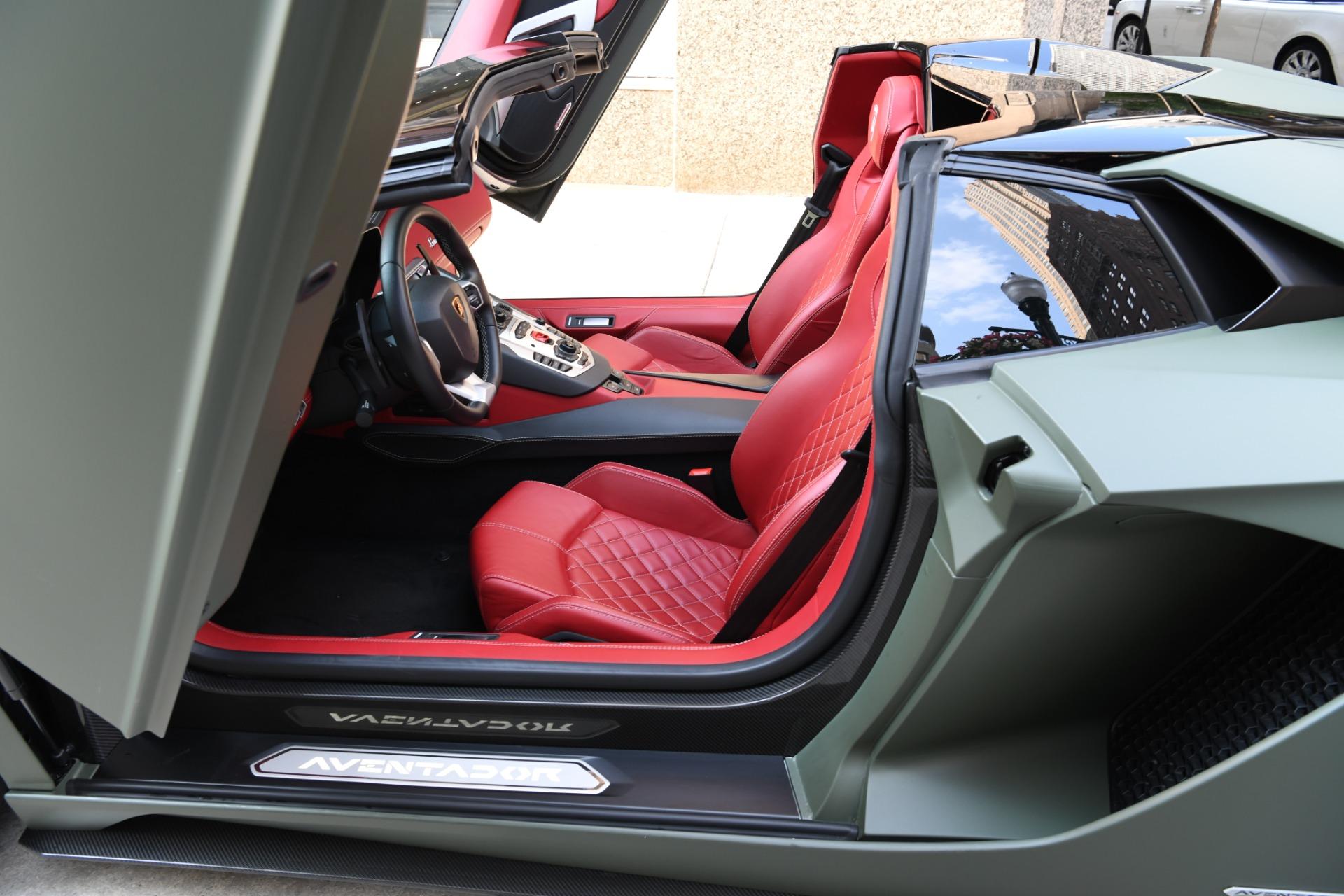 Used 2018 Lamborghini Aventador S Roadster LP 740-4 S   Chicago, IL