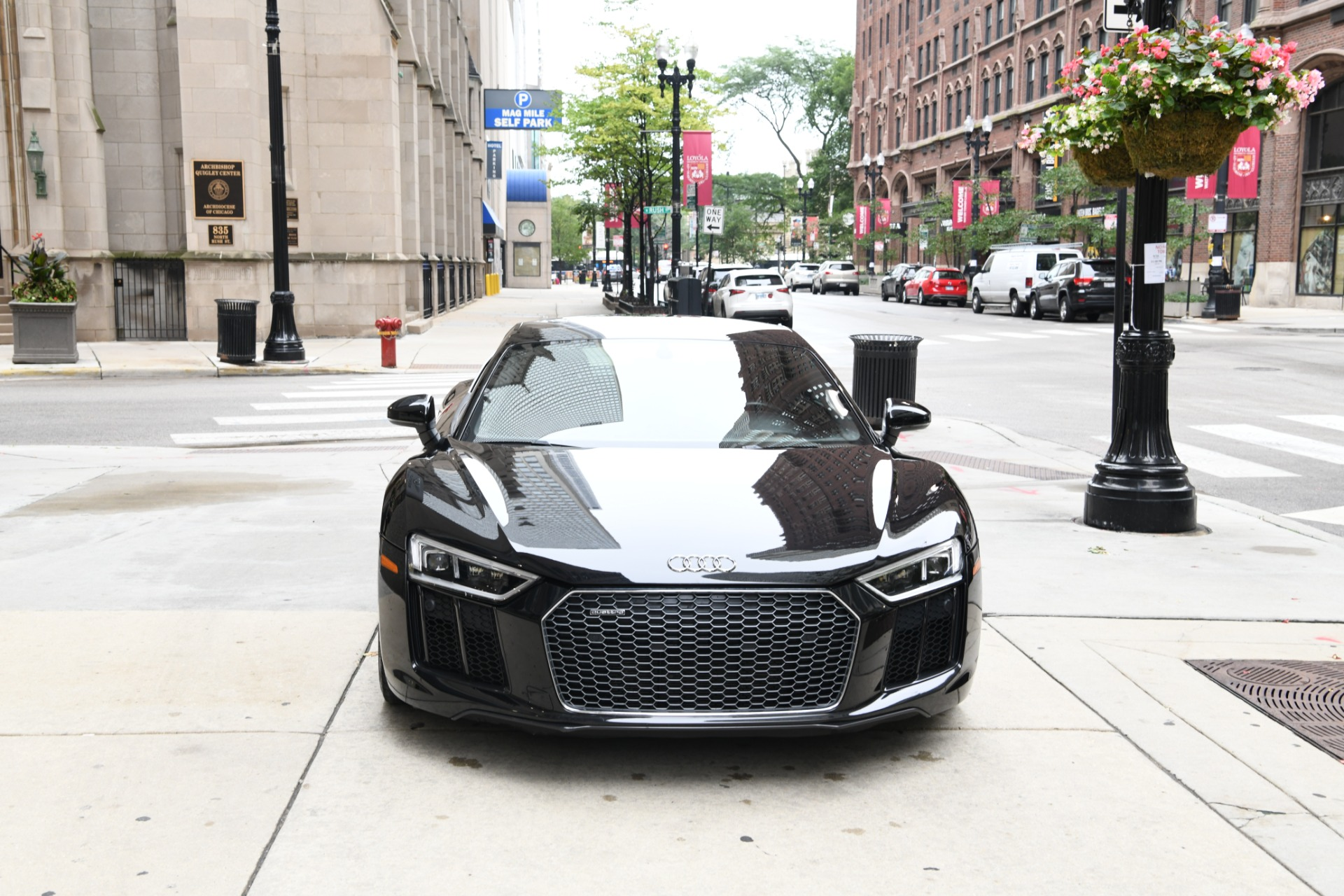 Used 2017 Audi R8 5.2 quattro V10 | Chicago, IL