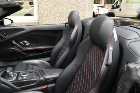Used 2018 Audi R8 5.2 quattro V10 Spyder | Chicago, IL