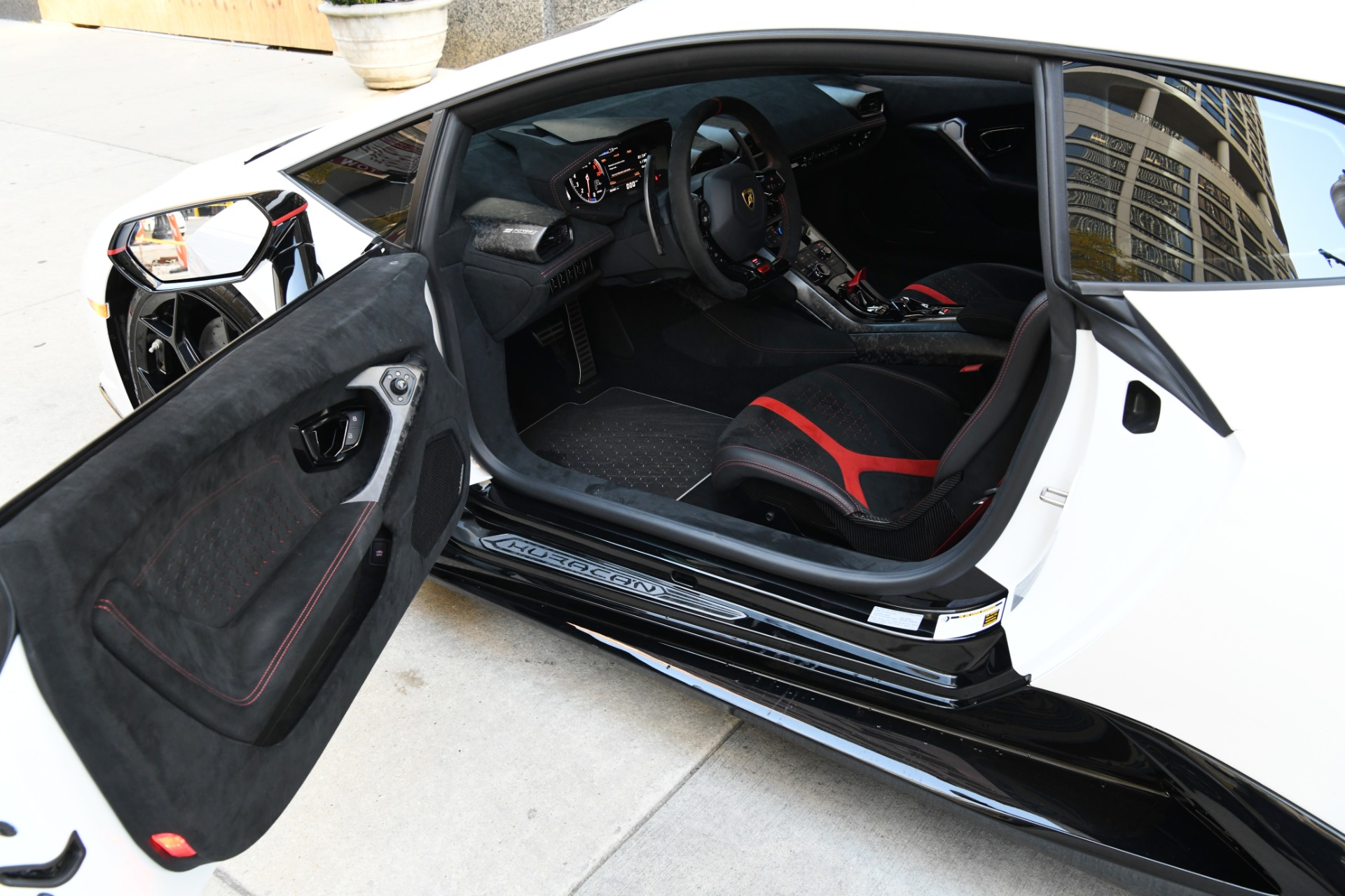 Used 2018 Lamborghini Huracan LP 640-4 Performante | Chicago, IL
